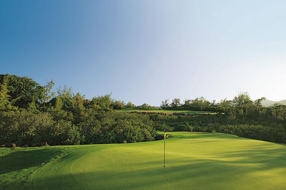 golf-course-ile-aux-cerfs-1-new